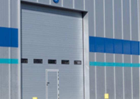 Usi garaj industriale rezistente si calitative de la Eurokapu Ellady