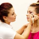 Cursuri make-up Bucuresti pentru viitori make-up artisti de renume – Academia Starline