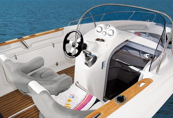 Panou electric barca de la Nautica Shop, siguranta si confort la preturi minime