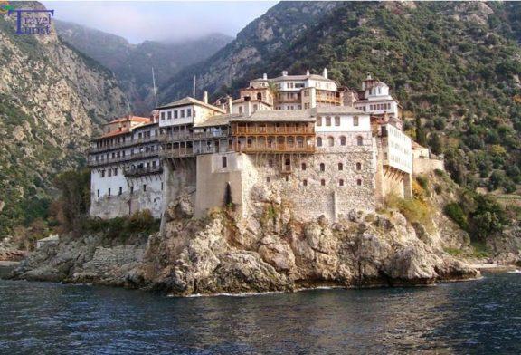 DIETĂ! Ce secrete ascund călugării de pe Muntele Athos?!